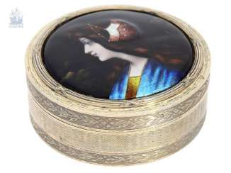 Box: exquisite large enamel snuff box, C. 1900, probably Limoges, France, circa 1900