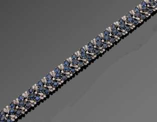 Elegant cocktail bracelet with sapphires