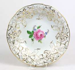 Meissen Ceremonial Plate *Red Rose*