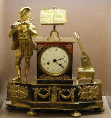Mantel clock.France, XIX century.