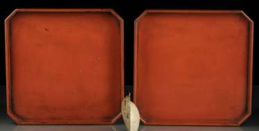Pair of trays, made of wood with red lacquer version