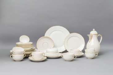 KPM dining - and coffee service for 4 persons 'Rocaille', 20. Century