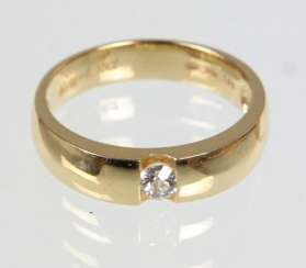 Diamond Solitaire Ring Yellow Gold 585