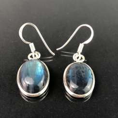 Earrings: labradorite in silver.
