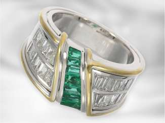 Ring: a sophisticated, extremely high-quality and decorative emerald/diamond gold forged ring, 2,52 ct, exceptional handmade, 18K white gold, NP 8.640€