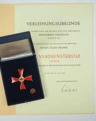 Discount Egon Franke, The German Federal Order Of Merit: Cross Of Merit, 1. Class, in a case with certificate for the members of the German Bundestag.
