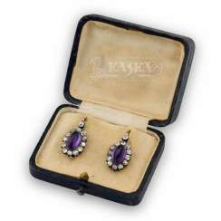 Earrings with natural amethysts and diamonds