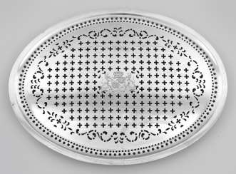 Large rare George III fish plate