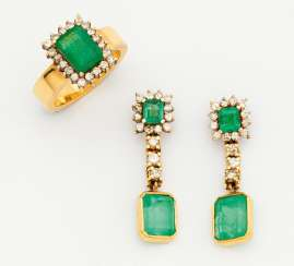 Emerald set: ring and earrings