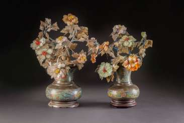 TWO CLOISONNÉ ENAMEL VASES WITH stones, plants, China, early 20. Century