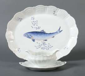 Plate and gravy boat with fish decor Limoges/Giraud