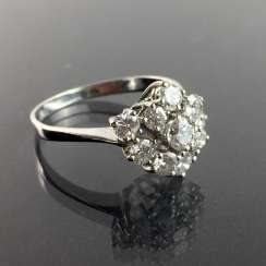 Ladies Ring / Cocktail Ring: 1-Carat Brilliant-Cut Diamonds, White Gold 585. Eye-catcher.
