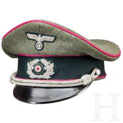 Visor cap for officers in the general staff or in the veterinary service