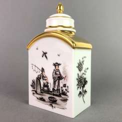 Rectangular tea caddy with lid: Meissen porcelain, Höroldt-Chino series in Sepia painting. Gold ornaments. Very good.