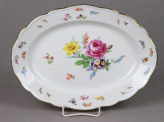 Meissen platter * bouquet of flowers with insects *
