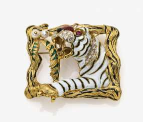 Tiger brooch with diamonds, rubies and pearls