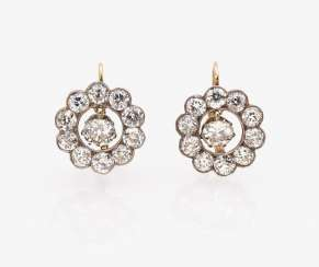 A Pair of earrings with old European cut diamonds