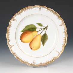 Plate with fruit painting, antique KPM Berlin.