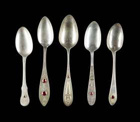 COLLECTION OF FIVE DINING SPOONS