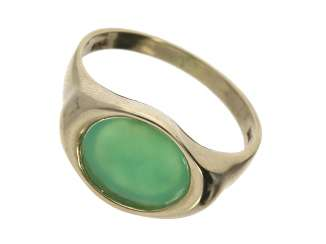 Ring: vintage gold wrought ring with chrysoprase