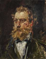 Portrait of a bearded gentleman with glasses