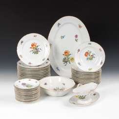 Dinner service with floral decoration, BING & G