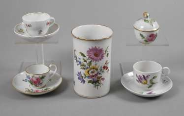 Meissen three cups, lidded box and Vase