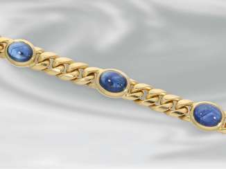 Bracelet: wide vintage chain bracelet in 18K Gold with a beautiful sapphire Cabochons, handmade