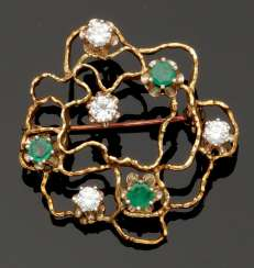 Decorative Emerald And Diamond Brooch