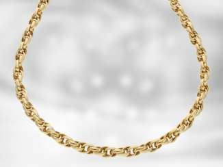 Necklace/Collier: high-quality decorative yellow gold chain, 18K Gold