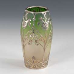 Overlay Vase with flower decor.