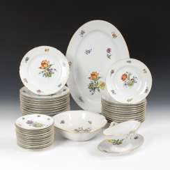 Dinner service with floral decoration, BING & GRONDAHL