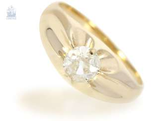 Ring: antique diamond/solitaire ring, probably around 1910