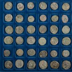 Roman late antiquity, with 48 small coins/Nummi,