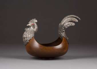 WOODEN BOWL IN THE SHAPE OF A CHICKEN WITH SILVER MOUNTING