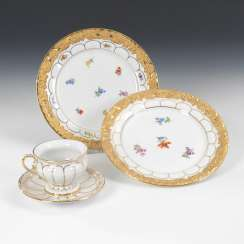 2 plates and mocha Cup, MEISSEN