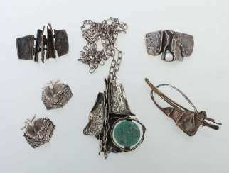 Mixed lot of silver jewelry from the 1970s