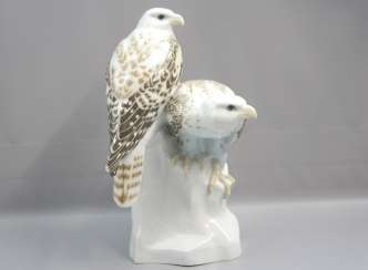 Meissen Noble falcons on a rock base. 19 Jhr. 1 choice.