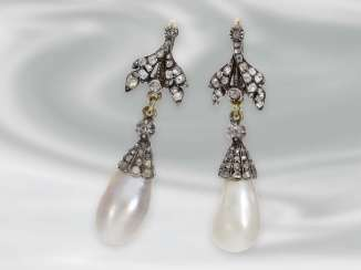 Earrings: exquisite antique diamond earrings with extremely valuable and rare large Oriental pearl drops, Gold & silver, around 1900