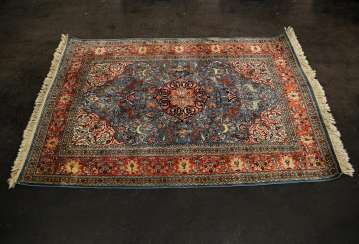 Oriental rug made of cashmere silk. 20. Century, approx. 183x121 cm