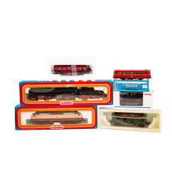 MÄRKLIN, among other things, a lot of locomotives and rail buses, gauge H0,