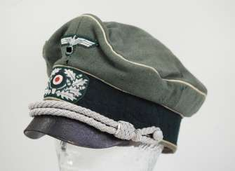 Wehrmacht: visor cap for officers of the infantry, age art.