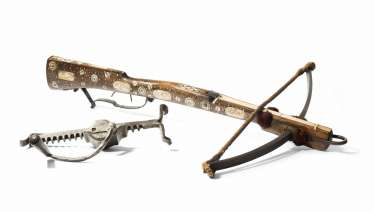 Crossbow with winch