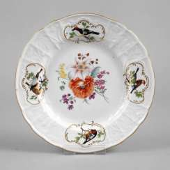 Meissen plates with bird motifs