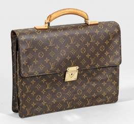 Портфель от Louis Vuitton