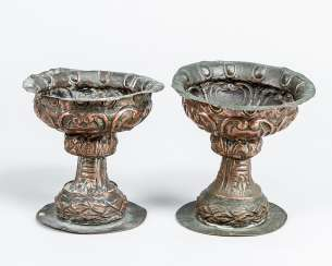 Two baroque bowls, chased copper 18. century