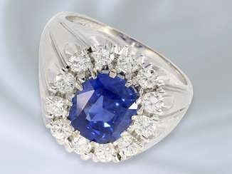 Ring: high-quality and extremely solid crafted sapphire/diamond ring, expensive gold work, wrought, approx. 5ct