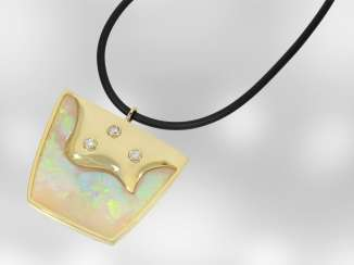 Necklace/Collier: very decorative and unusual Designer pendant with large Opal and brilliant-cut diamonds, unique pieces by hand