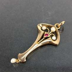 Art Nouveau pendant: Yellow Gold 585 with Orient pearls and ruby, very good.
