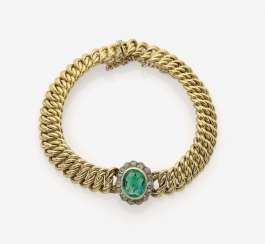 Bracelet with emerald and diamonds